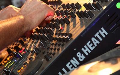 Tak zase za rok na charitativním festivalu DJs 4 Charity 2013 na viděnou